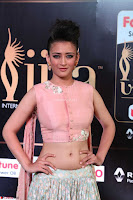 Akshara Haasan in Peachy Crop Top Choli Skirt at IIFA Utsavam Awards 26.JPG