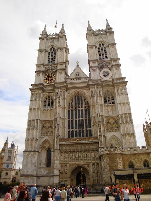 Reign e Rainha Mary na Escócia (e Londres) - Abadia de Westminster