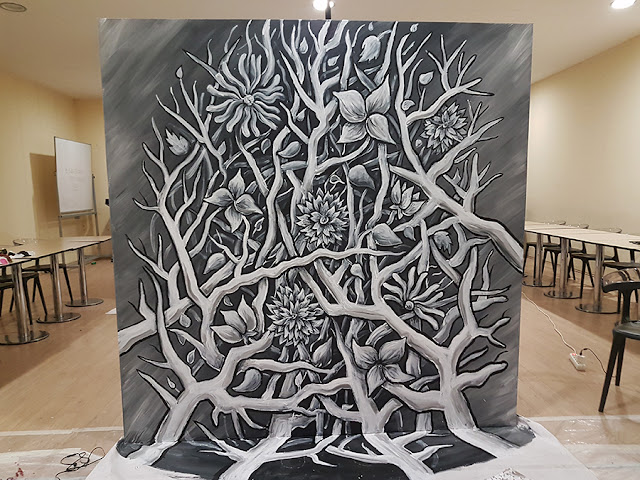 3D Art Live Performance by Ben Heine - Flesh and Acrylic - Branches and Flowers - Ankamall