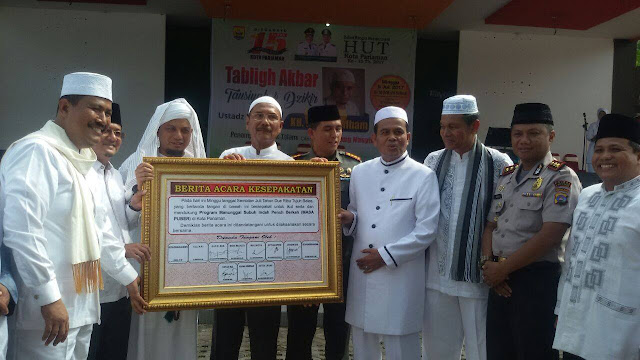 "Zikir Bersama Arifin Ilham, Pemko Launching Program ""Masih Puber"""