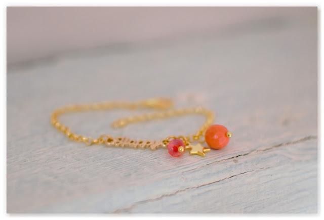 bracelet personnalisé happy doré, orange et rouge