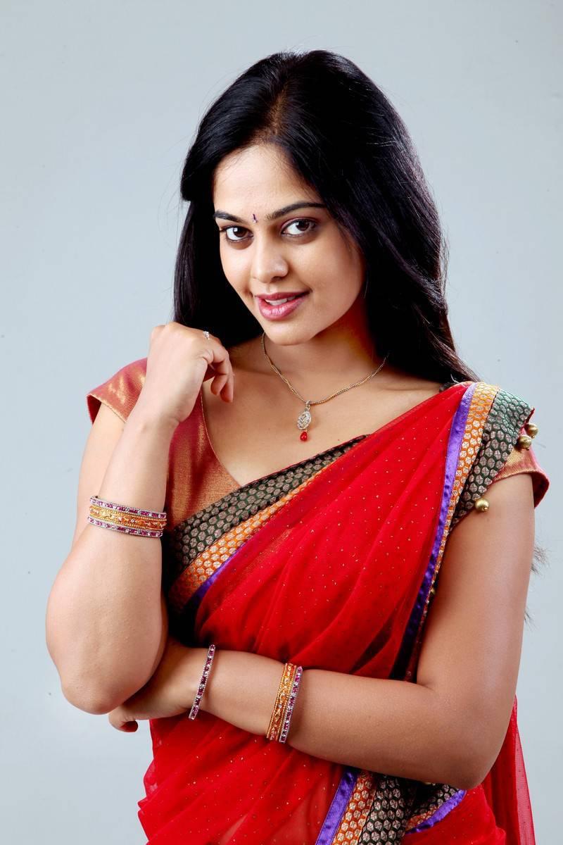 Glamorous Bindu Madhavi Photos In Pink half Saree