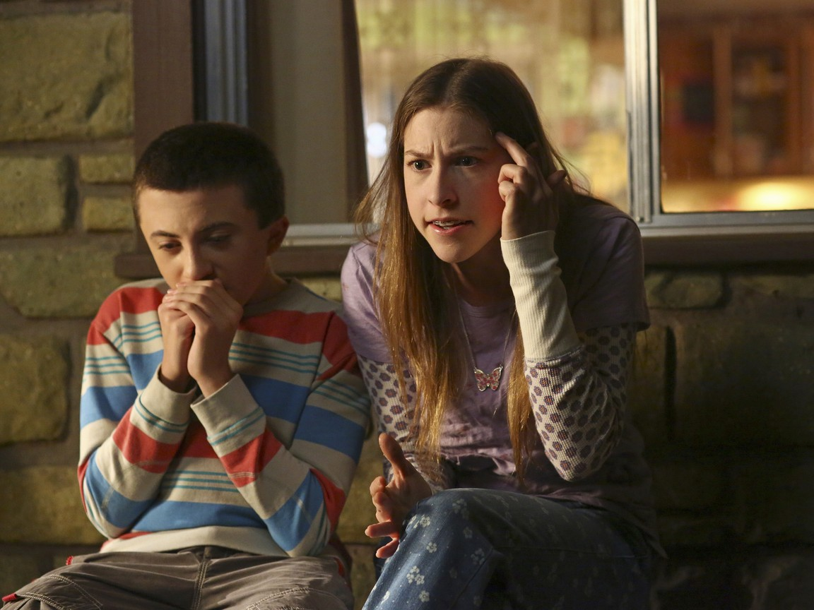 The Middle - Season 5 Episode 08: The Kiss