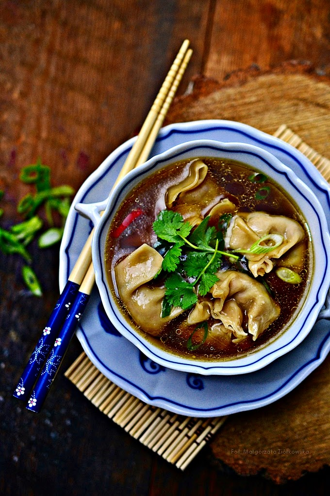 Kantońska zupa wonton
