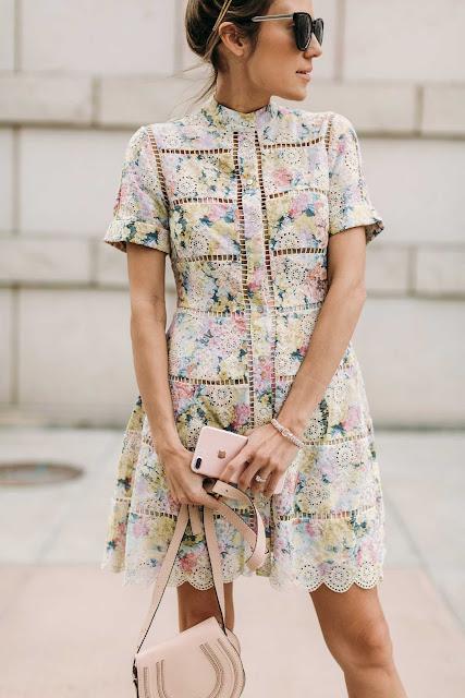 co założyć na święta, komunia sw, ślubne stylizacje, porady stylisty, porady, trendy, co założyć na komunie świętą, co założyć na ślub, inspiracje modowe, sukienki na komunie, sukienki,
