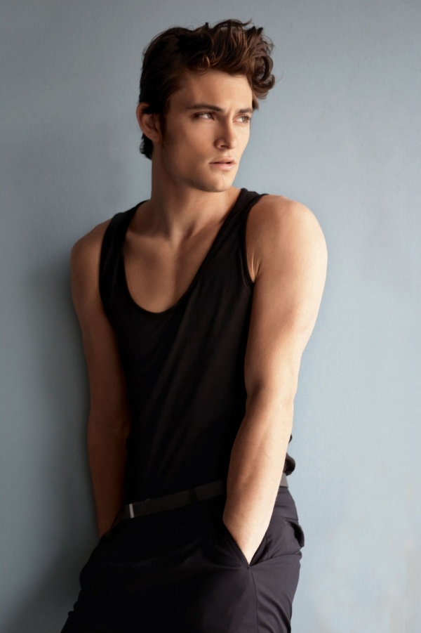 Shiloh Fernandez pictures and photos - Pinterest Most Popular