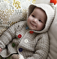 http://translate.googleusercontent.com/translate_c?depth=1&hl=es&rurl=translate.google.es&sl=en&tl=es&u=http://www.canadianliving.com/crafts/crochet/crochet_a_cozy_hooded_jacket_for_baby.php&usg=ALkJrhgpfocM4_6CK96Nn4YNx1vtDxdKmw