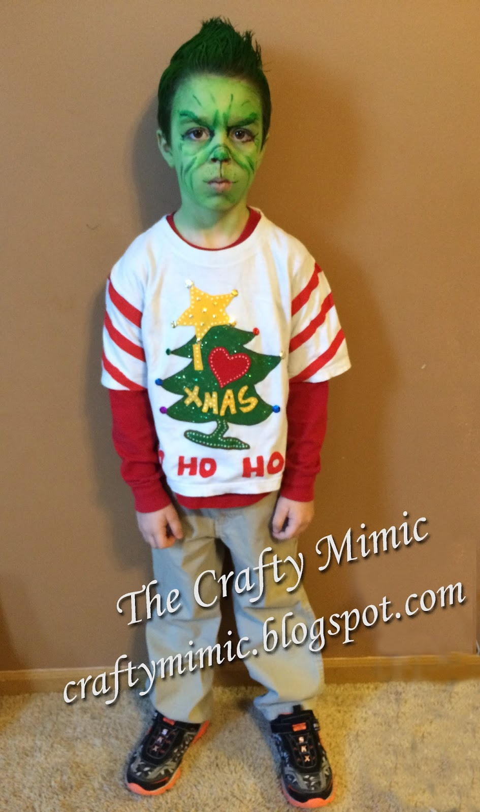 how to look like the grinch with kid danger
