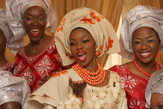 Photos From Late Pastor Bimbos Daughter, Tolu Odukoya s Traditional Wedding