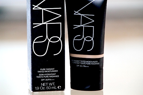 nars pure radiant soin hydratant creme teintée finland