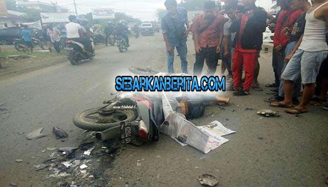 """Krakk!"", Kepala Pecah, Badannya Patah-patah , Sepeda Motor Hancur. TKP Jalan Kapten Sumarsono Medan…"