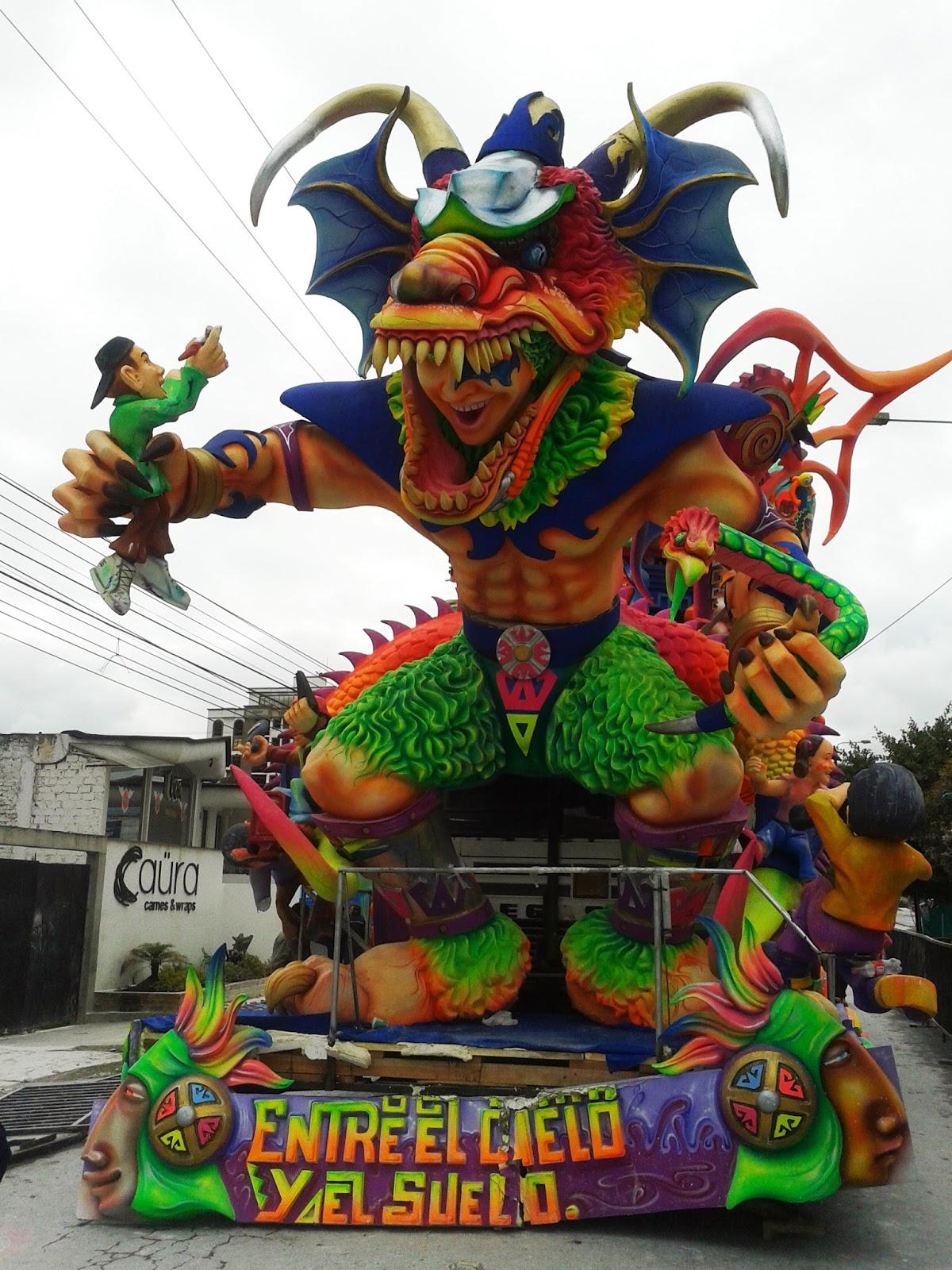 Carrozas Ganadoras Carnaval de Negros y Blancos 2014 ...