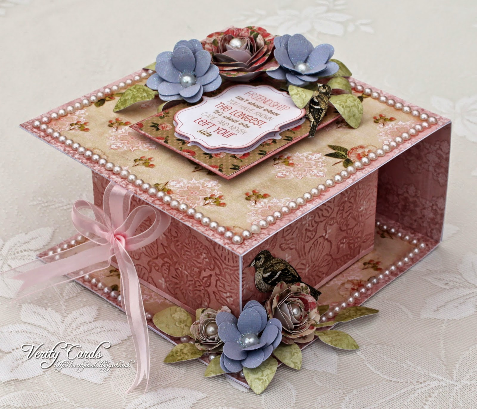 http://veritycards.blogspot.co.uk/2014/05/fold-over-box-tutorial.html