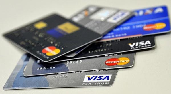 Bancos criam crediário no cartão