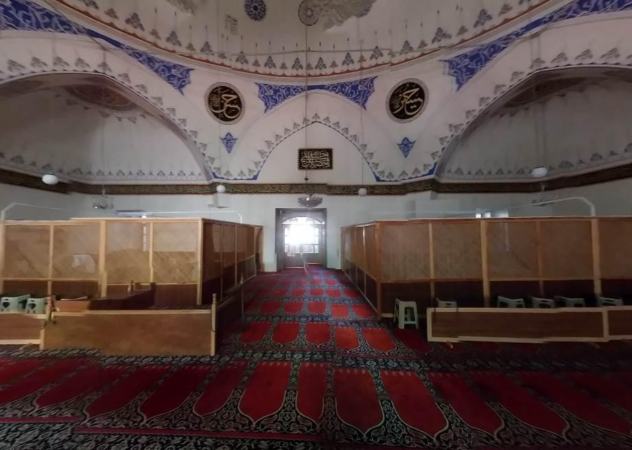 Yıldırım Bayezid Camii ( Büyük Cami ) - Foto 6