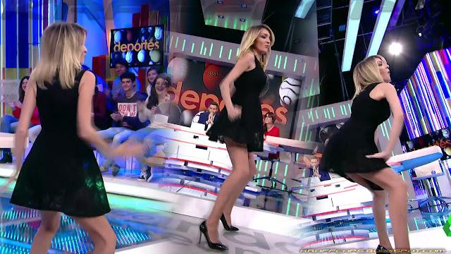 Anna Simon 'twerking'