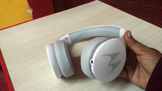Unboxing Motorola Pulse Escape Wireless Bluetooth Headphones, Motorola Pulse Escape Wireless Bluetooth Headphones testing & review, best headphone with microphone, best quality headphone, earphone with mic, best wireless headphone with battery, inbuilt battery headphone, charging headphone, best sound quality, audio quality, long battery, Bluetooth headphone, Motorola headphone, unboxing, sound testing, quality, price & specification, budget headphone, calling headphone, control button, Bluetooth Headphones