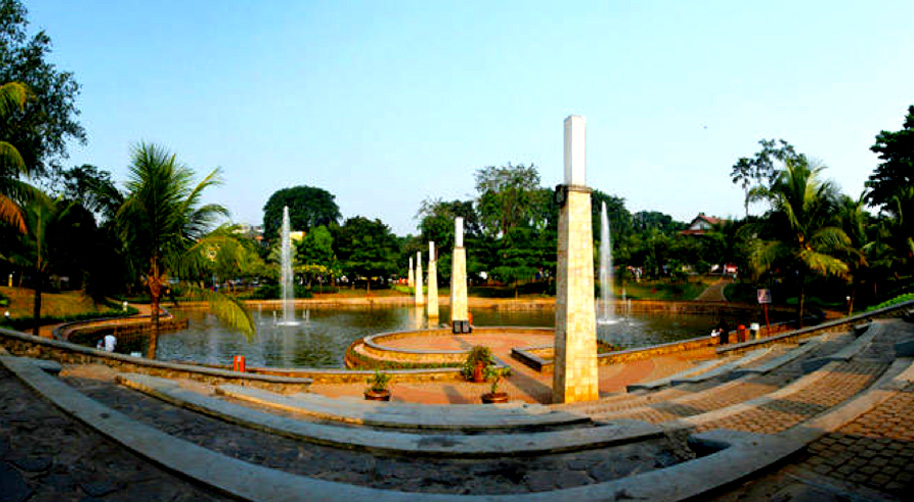 Taman Ayodya Kesejukan Alami di Tengah Jantung Kota Jakarta