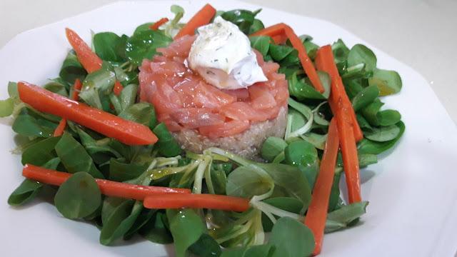Una ensalada con un superalimento, la Quinoa y un plus de omega El Salmon
