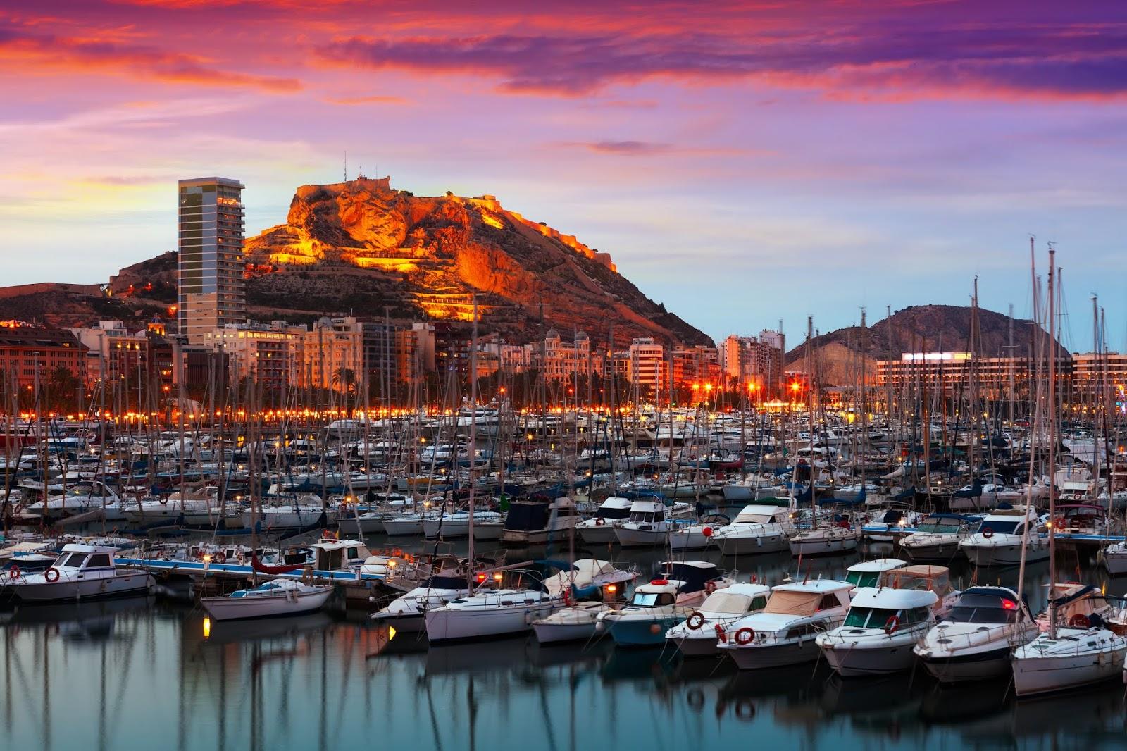 Más de 10.000 vascos escogen Alicante como destino turístico
