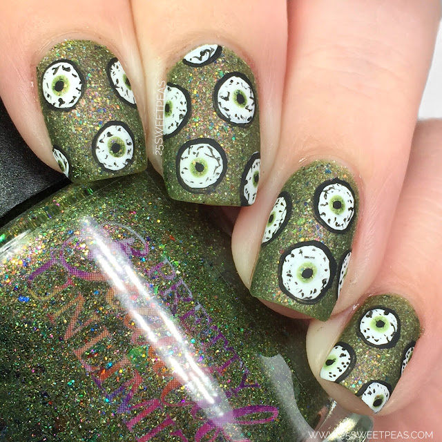 Halloween Eyeball Nail Art