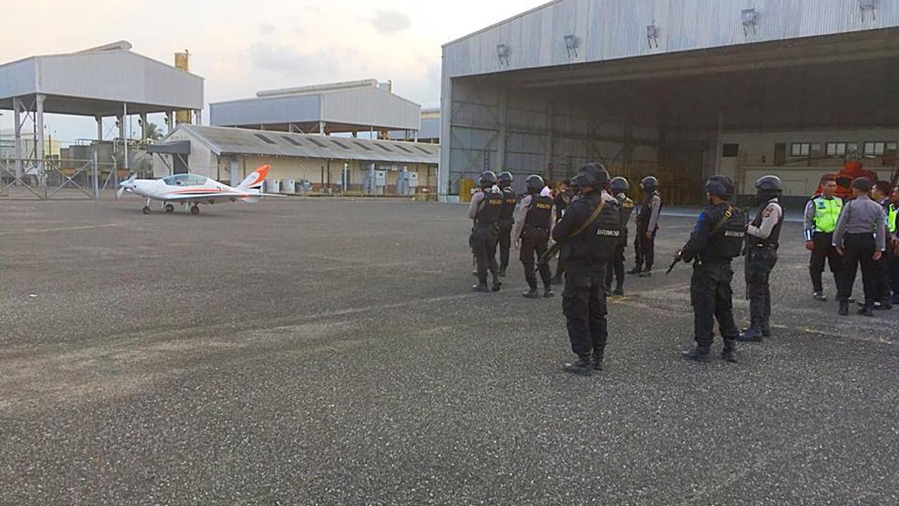 Pilot gubenur aceh irwandi yusuf detik detik pendaratan darurat berita hari ini terkini indonesia aceh pesawat gubenur stopboris Choice Image