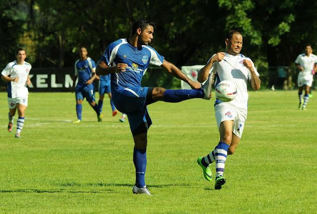 Dos goles de Isea Fernández da una victoria al Atlántico