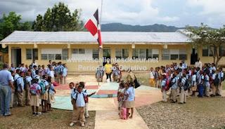 Encuentran estudiante muerto en baño de una escuela de San Juan de la Maguana