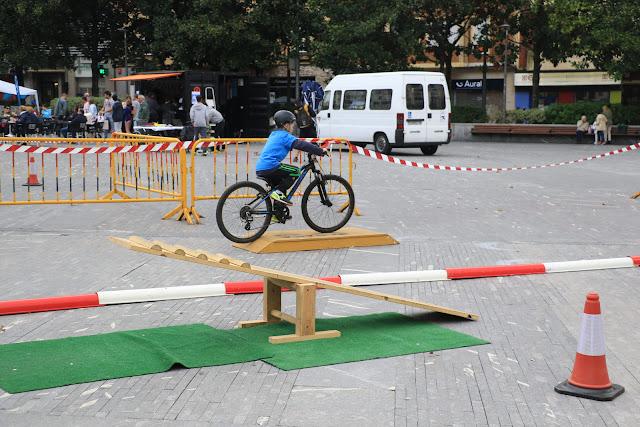 Yincana celebrada en Herriko Plaza