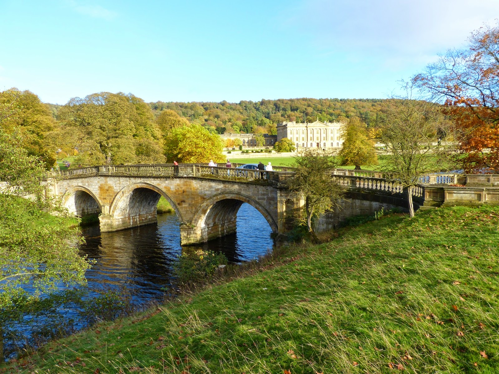 Chatsworth from across the river with Paine's bridge