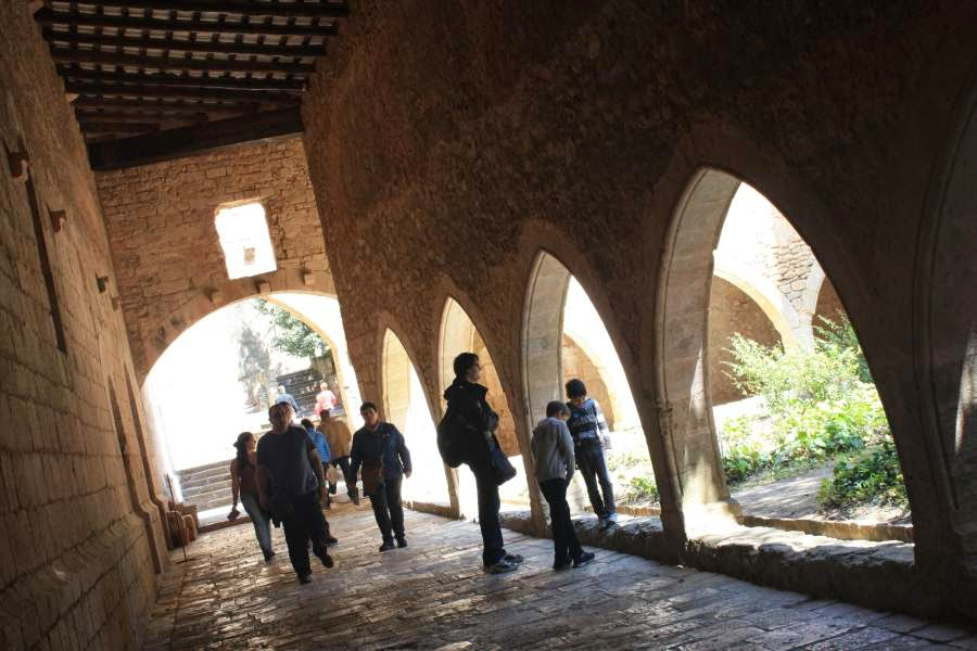 Rear cloister of Santes Creus Monastery