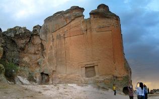 Eskişehir Midas Anıtı