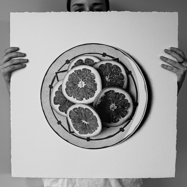 15-Grapefruit-C-J-Hendry-Hyper-Realistic-Drawings-of-Food-www-designstack-co