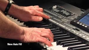 Tips Dasar Memainkan Alat Musik Keyboard Dengan Style