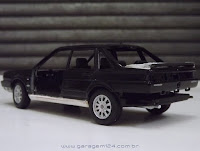 MIniatura Santana Executivo 1/24 die-cast Welly