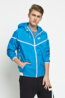 Geaca Tech Windrunner SP • Nike Sportswear