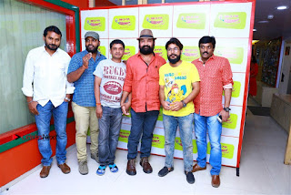Sanjeev Chetana Uttej at Pichiga Nachav Song Launch at Radio Mirchi Pos  0009.jpg