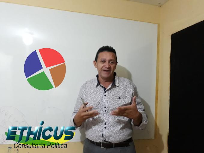 Amplie o conhecimento da equipe com as Palestras do Consultor Político Tony Luiz