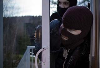 Εξιχνιάστηκαν δύο υποθέσεις κλοπών από σπίτια