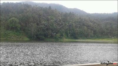 Obyek Wisata Situ Ranca Hideung di Garut Selatan