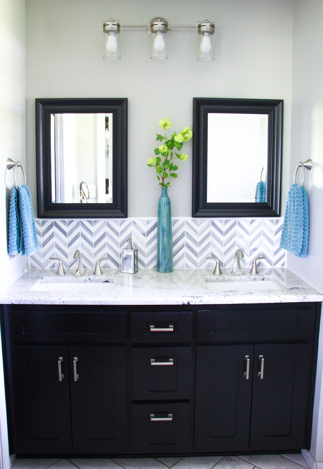 Midwestern Mama: Master Bathroom Remodel