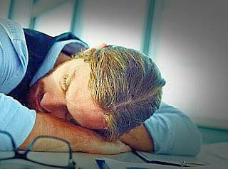 manfaat-tidur-siang-menurunkan-tekanan-darah