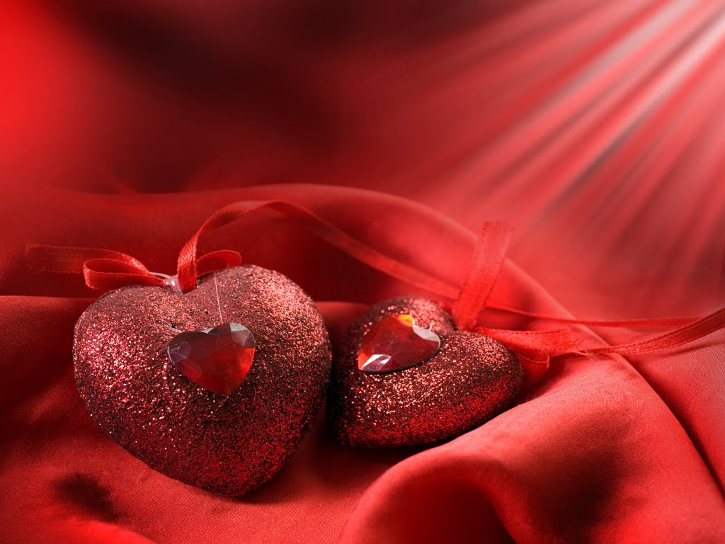 Cute and Best Loved Wallpapers and SmS: Valentine Heart Wallpaper
