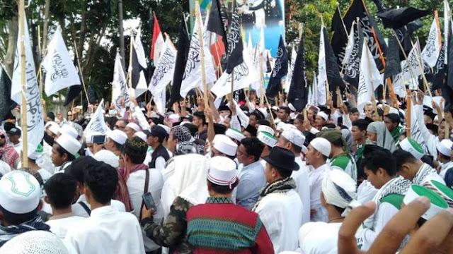 Ribuan Massa di Lombok Gelar Aksi Bela Tauhid