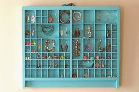 Know the perfect jewelry display for your jewelry
