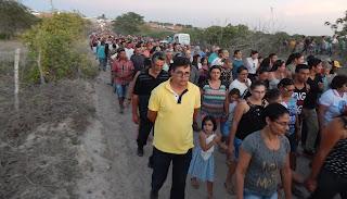 Milhares de pessoas vão às ruas de Baraúna para se despedir do ex-prefeito Alyson