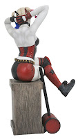 Diamond Select Gallery PVC Diorama DC Comics Harley Quinn 001