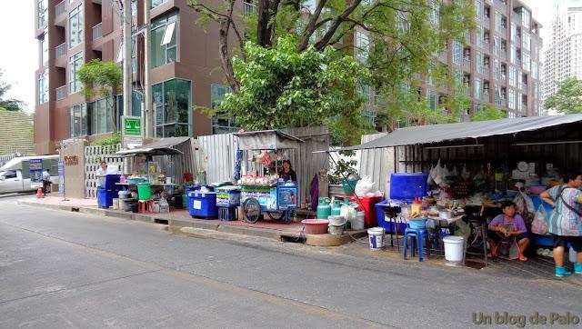 Puestos de comida callejera en Bangkok