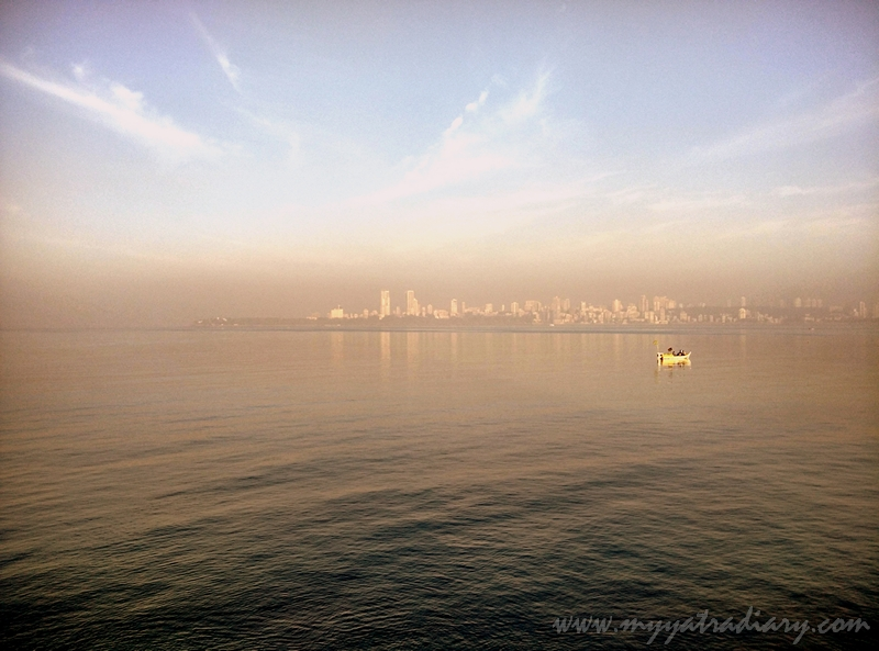 Marine Drive promenade in the city of dreams, Mumbai!