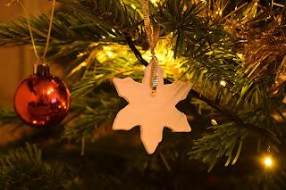 Karácsonyfadísz szódabikarbónából